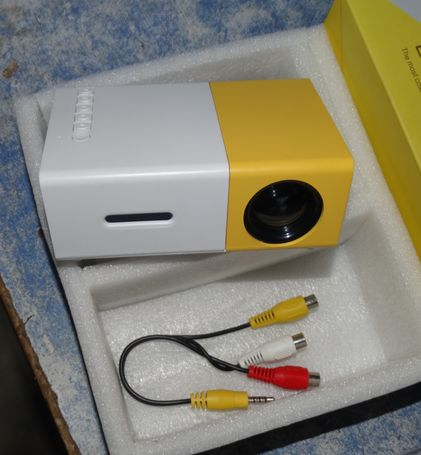 New Mini Projector LED