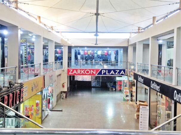 Shops for Rent on 2nd Floor Zarkon Plaza Saddar